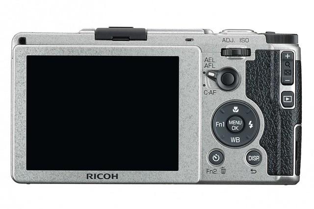 Ricoh GR II Silver Edition